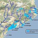 07-mapa-cataluna-solo-rios-con-nombre-y-acuiferos