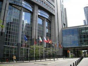 Todo muy bonito, lleno de banderas de la UE.