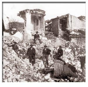 En 1884 hubo un terremoto en Arenas del Rey (Granada, España) que destruyó casi 5.000 edificios.